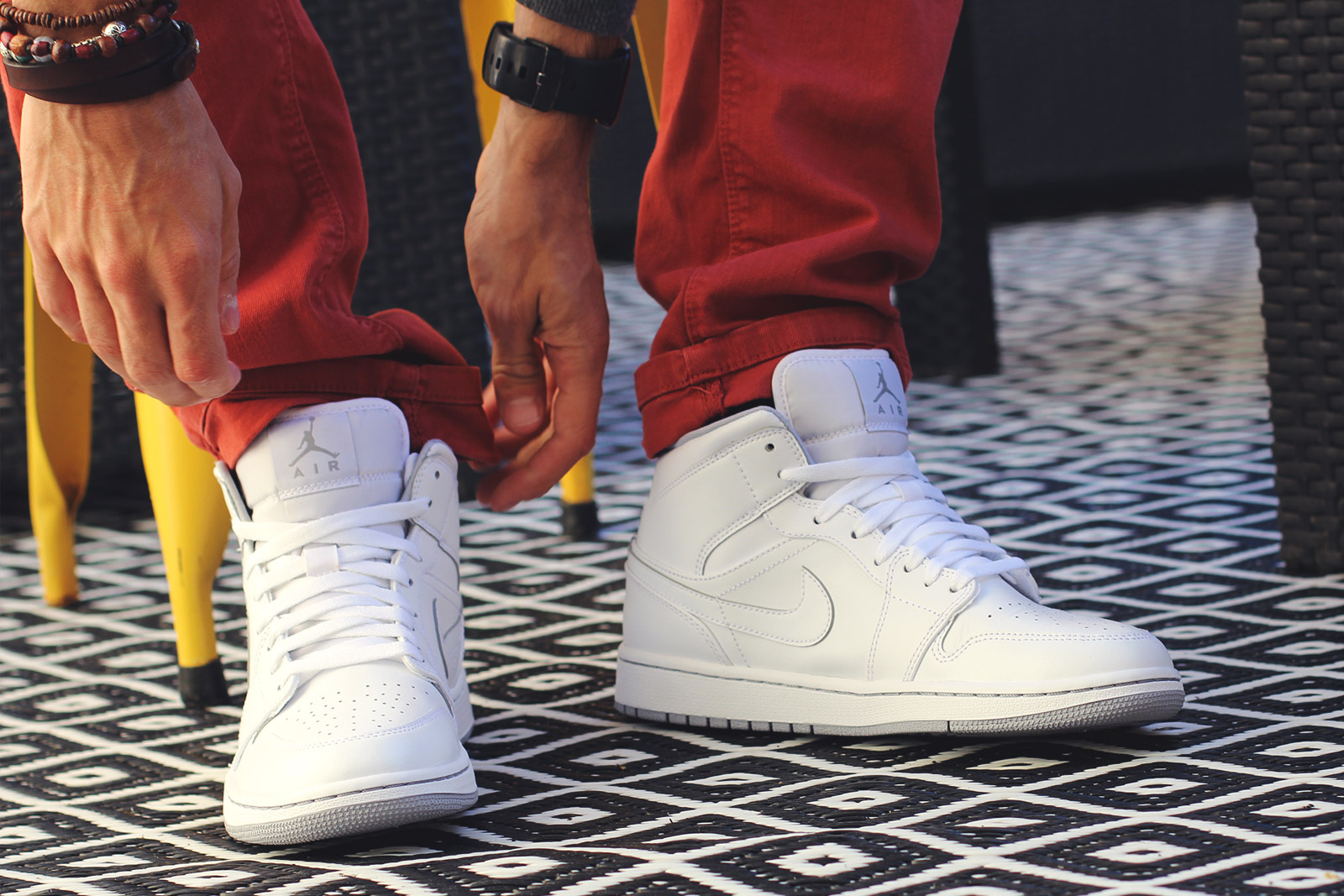 Chaussures Nike Jordan Blanches