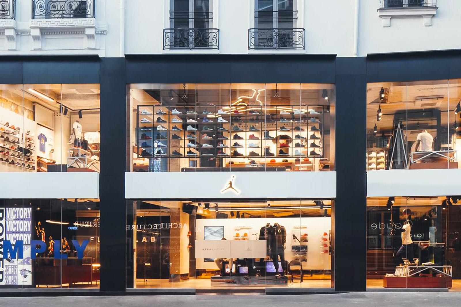 nike store 2 rue du faubourg saint antoine