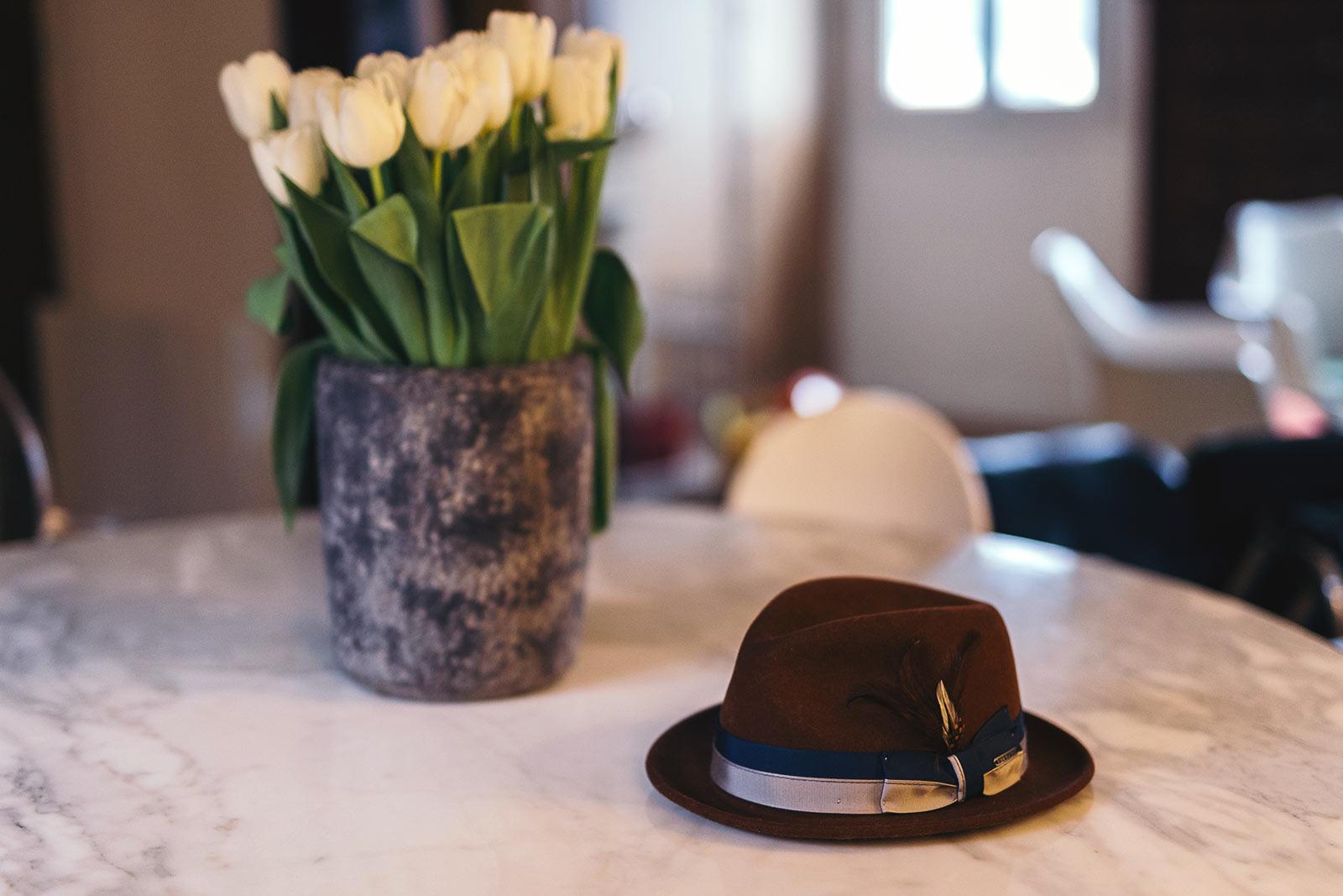 Entretenir chapeau feutre